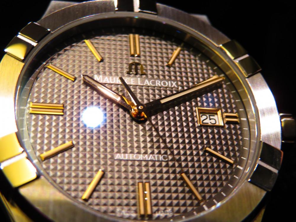 グレーの文字盤にゴールドの針で上品に。大人気のモーリスラクロア2019年新作アイコン オートマティック-MAURICE LACROIX -IMG_1377