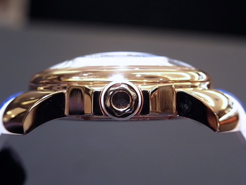 イタリアンデザイン!大人の品と遊び心を追求した腕時計「オッソイタリィ」-お知らせ -R1169833