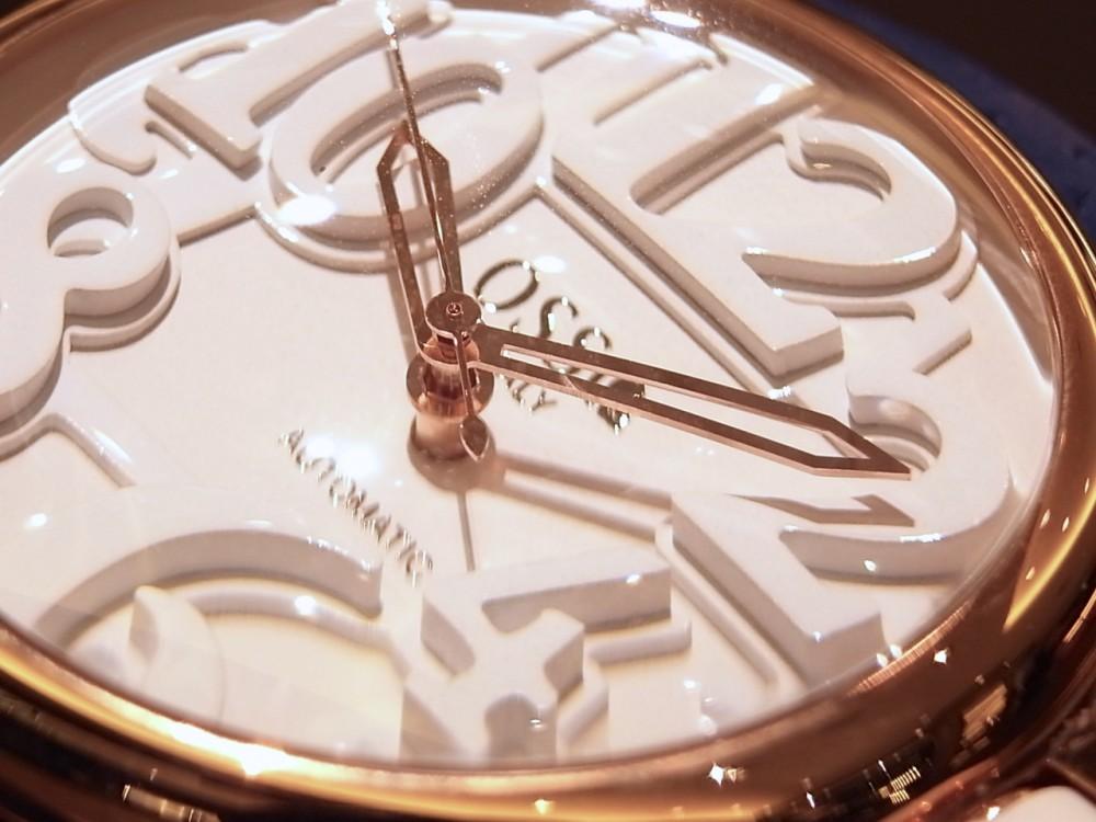 イタリアンデザイン!大人の品と遊び心を追求した腕時計「オッソイタリィ」-お知らせ -R1169835