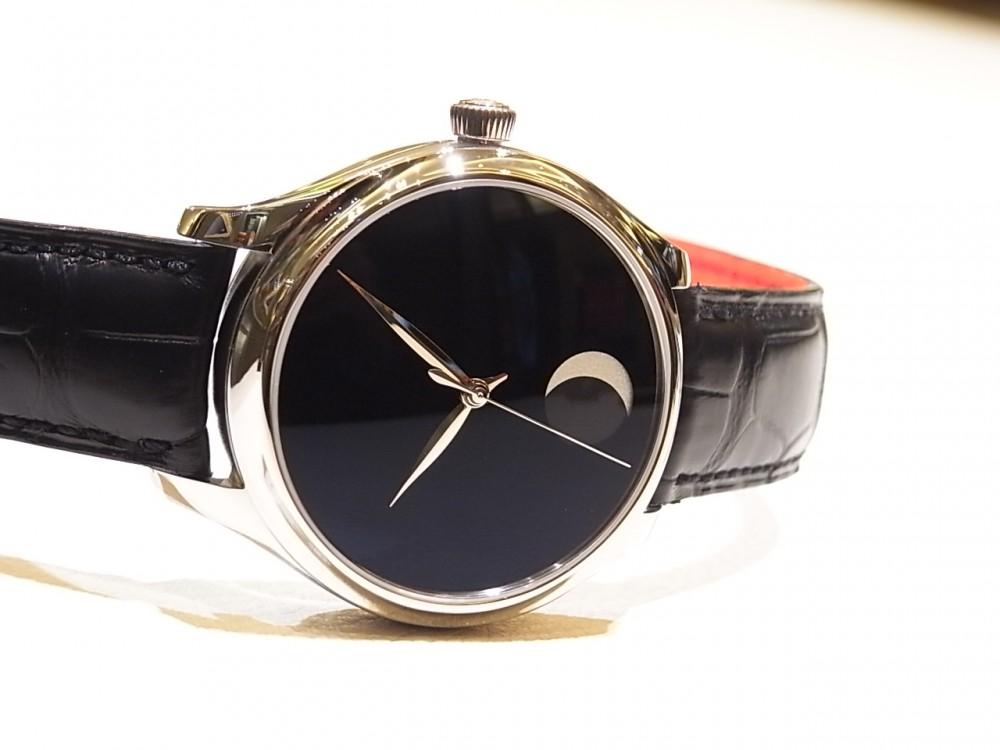 世界で最も黒い「ベンタブラック」文字盤の時計 H.モーザー 限定50本-H.Moser&Cie. -R1169924