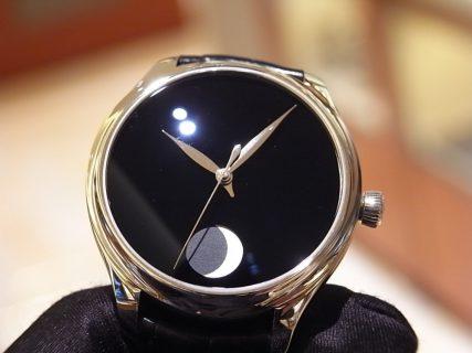 世界で最も黒い「ベンタブラック」文字盤の時計 H.モーザー 限定50本