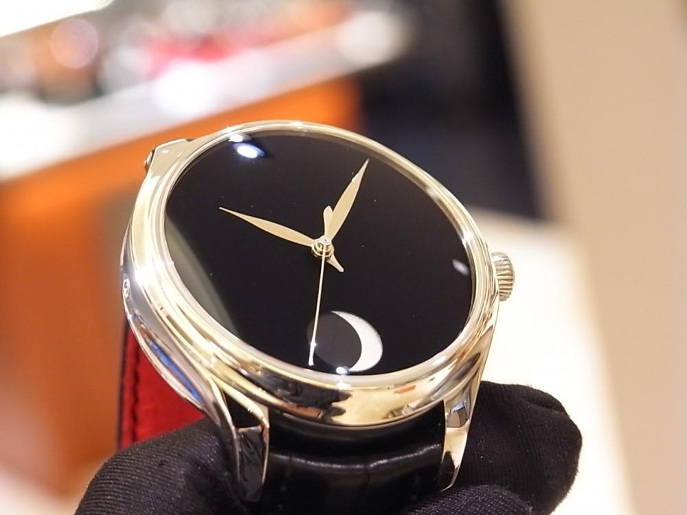 世界で最も黒い「ベンタブラック」文字盤の時計 H.モーザー 限定50本-H.Moser&Cie. -R1169926