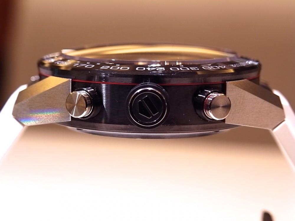 ホワイトストラップが新鮮な「タグホイヤー カレラ キャリバー ホイヤー01 クロノグラフ」-TAG Heuer -R1170169