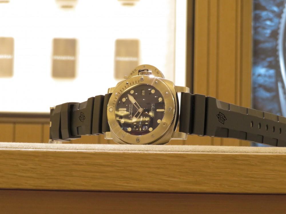 平成最後の時計にパネライが開発した新素材を採用したモデルはいかがですか?ルミノールサブマーシブル 1950 BMG-TECH™ 3デイズ オートマティック PAM00692-PANERAI -IMG_0277
