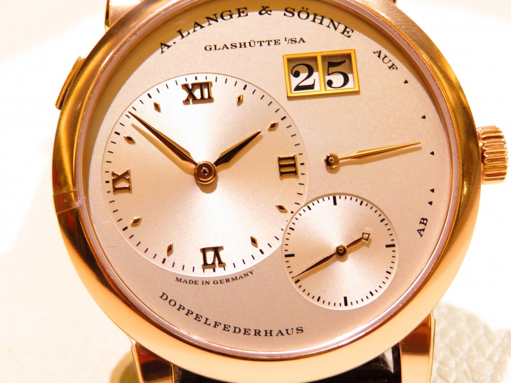 伝統ある職人の技と、機械式時計の最先端技術を結び付ける「A.ランゲ&ゾーネ」の真骨頂 ランゲ1-A.LANGE&SÖHNE -IMG_1877