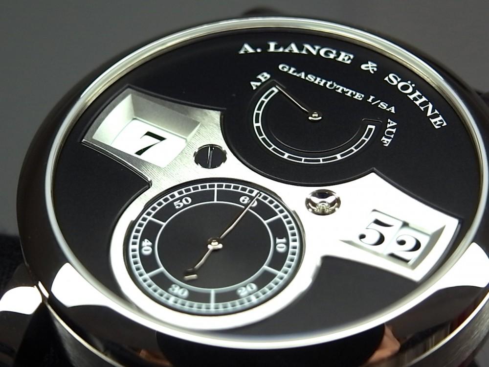 A.ランゲ&ゾーネの代表作の1つ「ツァイトヴェルク」-A.LANGE&SÖHNE -R1170359
