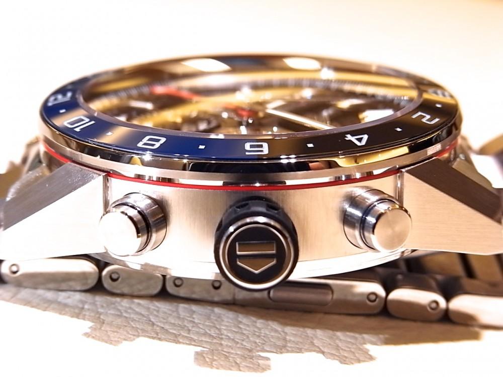 タグホイヤー ブラック&ブルーのベゼルがアクセント ♪ 「カレラ キャリバー ホイヤー02 クロノグラフ GMT」-TAG Heuer -R1170437