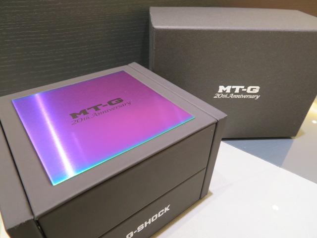 鮮やかなレインボーが一際目を惹く!MT-G生誕20周年モデル! G-SHOCK「MT-G 20th Anniversary Limited Edition」MTG-B1000RB-2AJR-G-SHOCK -IMG_0937