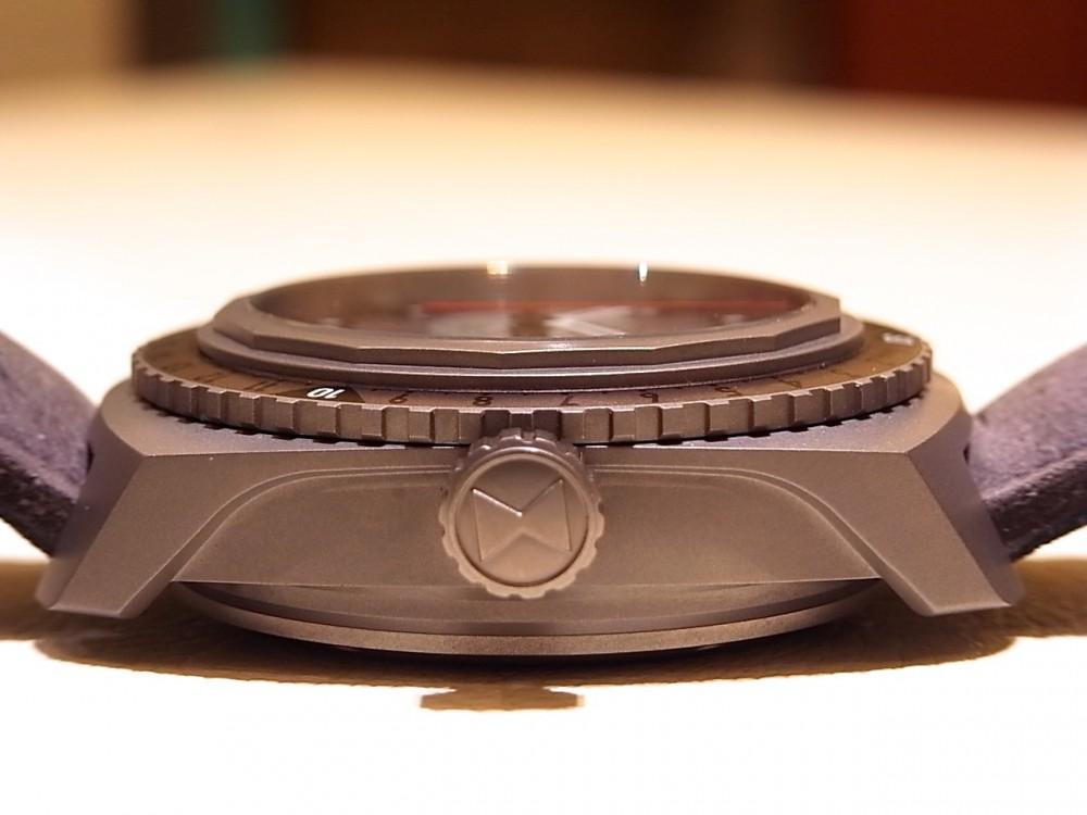 ウォッチスターズ受賞モデル!9000mまで計測可能な ファーブル・ルーバ「レイダー・ビバーグ9000」-FAVRE-LEUBA -R1169944