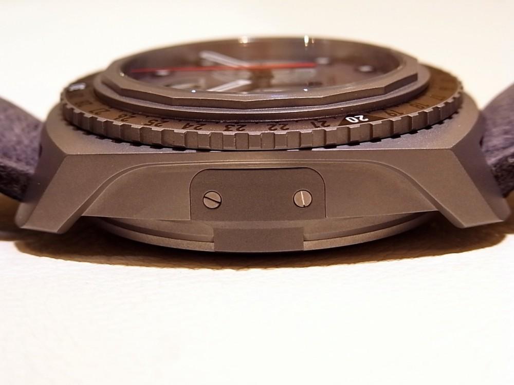 ウォッチスターズ受賞モデル!9000mまで計測可能な ファーブル・ルーバ「レイダー・ビバーグ9000」-FAVRE-LEUBA -R1169945