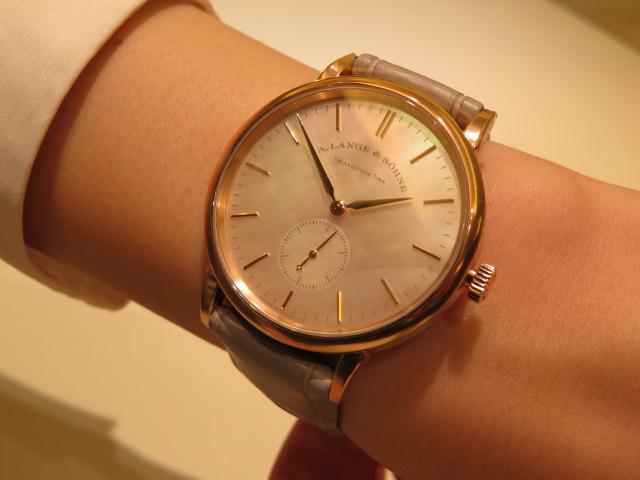 ドイツ時計の伝統を現代に継承するブランド、A・ランゲ&ゾーネより高貴な気品が漂う優雅なモデル。-A.LANGE&SÖHNE -IMG_1491