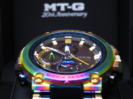 再入荷!希少なレインボーモデル! G-SHOCK「MT-G 20th Anniversary Limited Edition」MTG-B1000RB-2AJR