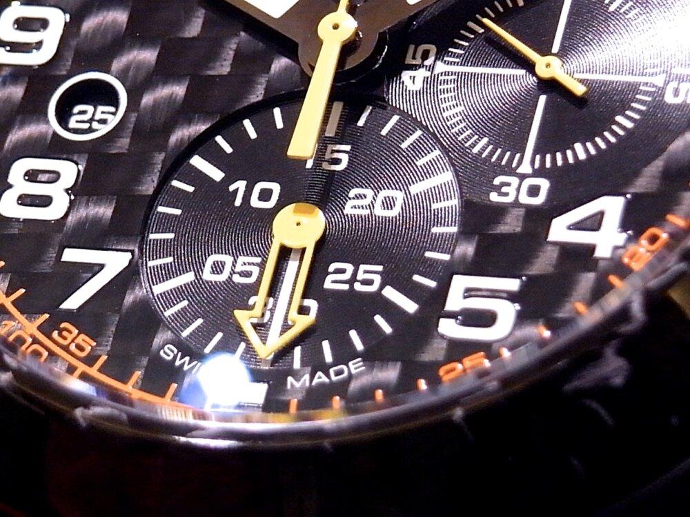男の個性派ウォッチ(時計)! グラハム「クロノファイター スーパーライト カーボン」-GRAHAM -R1171588