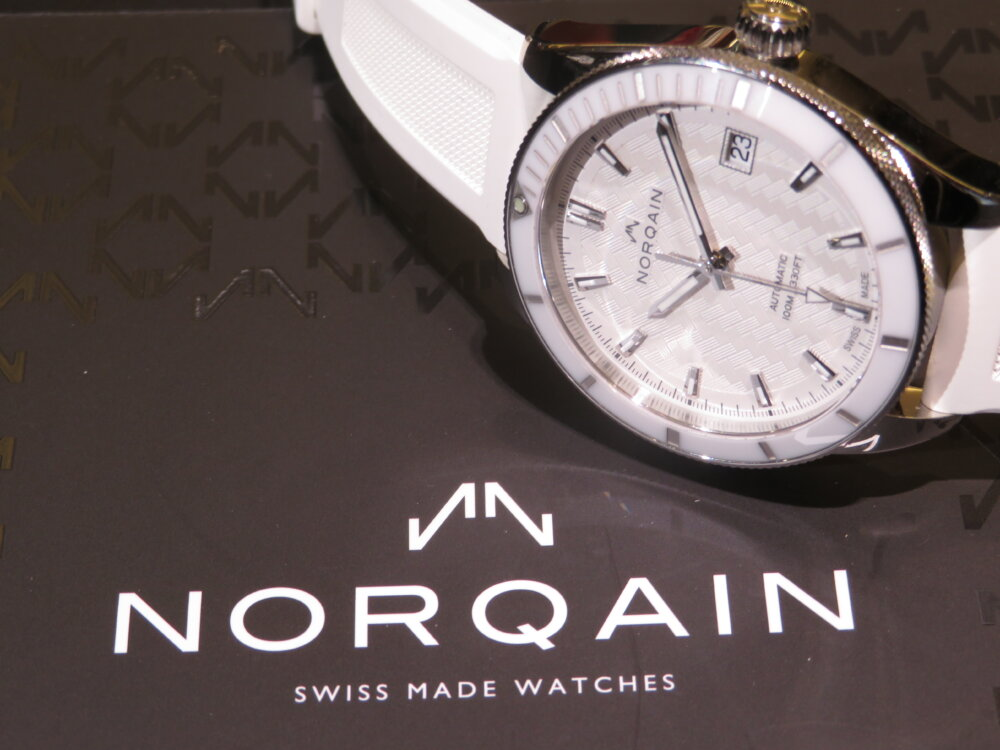 ラバーベルトのスポーティーでエレガンスなレディース時計 NORQAIN(ノルケイン) アドベンチャー スポーツ オート-NORQAIN -IMG_5573