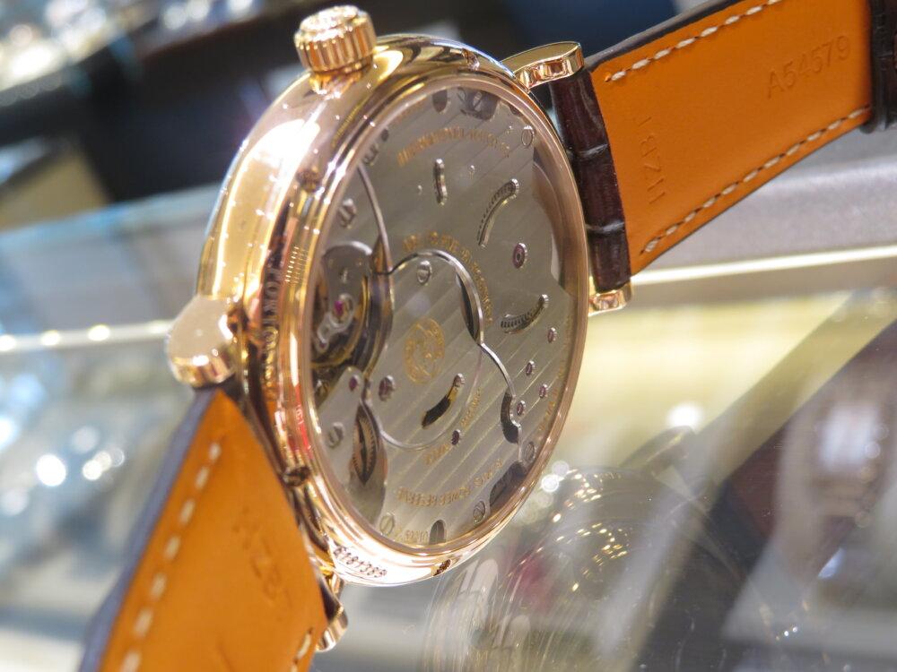 金無垢時計を身に着けてみませんか?IWC ポートフィノ・ハンドワインド・エイトデイズ IW510107-IWC -IMG_5579