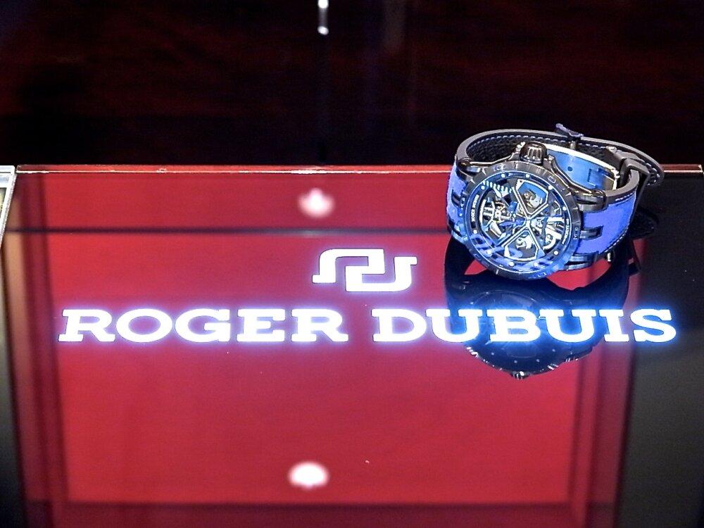 【ロジェ・デュブイ】圧倒的なデザイン!ランボルギーニ社とのコラボレーションモデル「エクスカリバー ウラカン」-ROGER DUBUIS その他 -R1171709