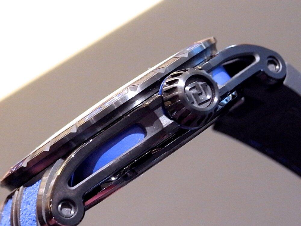 【ロジェ・デュブイ】圧倒的なデザイン!ランボルギーニ社とのコラボレーションモデル「エクスカリバー ウラカン」-ROGER DUBUIS その他 -R1171720