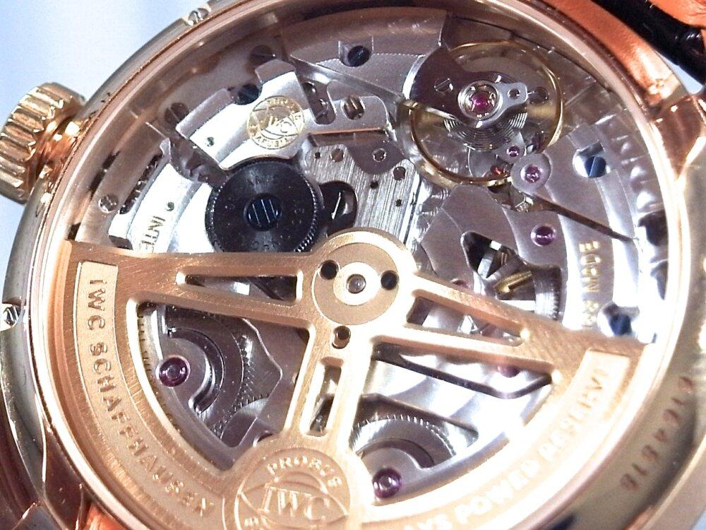 IWC 憧れの永久カレンダー搭載の時計「ポルトギーゼ・パーペチュアル・カレンダー」-IWC -R1171762