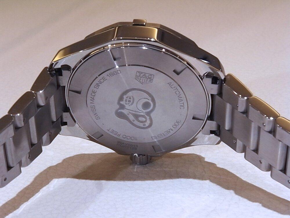 【タグホイヤー】白い文字盤が爽やかな印象!夏のダイバーズ時計に「アクアレーサーキャリバー5」-TAG Heuer -R1171799
