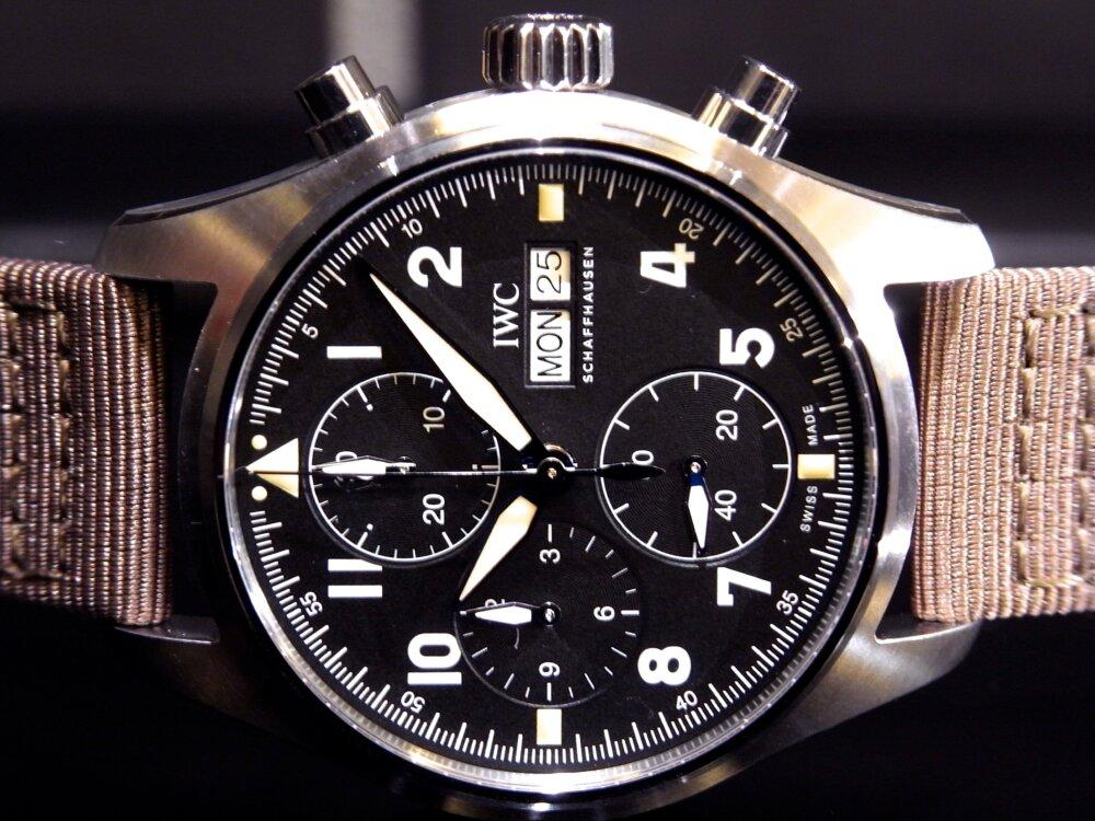 ウィンターフェア開催中!2019年新作自社製キャリバーを備えた、レトロな高級機械式時計!IWC パイロット・ウォッチ・クロノグラフ・スピットファイア!!-IWC -R1171847