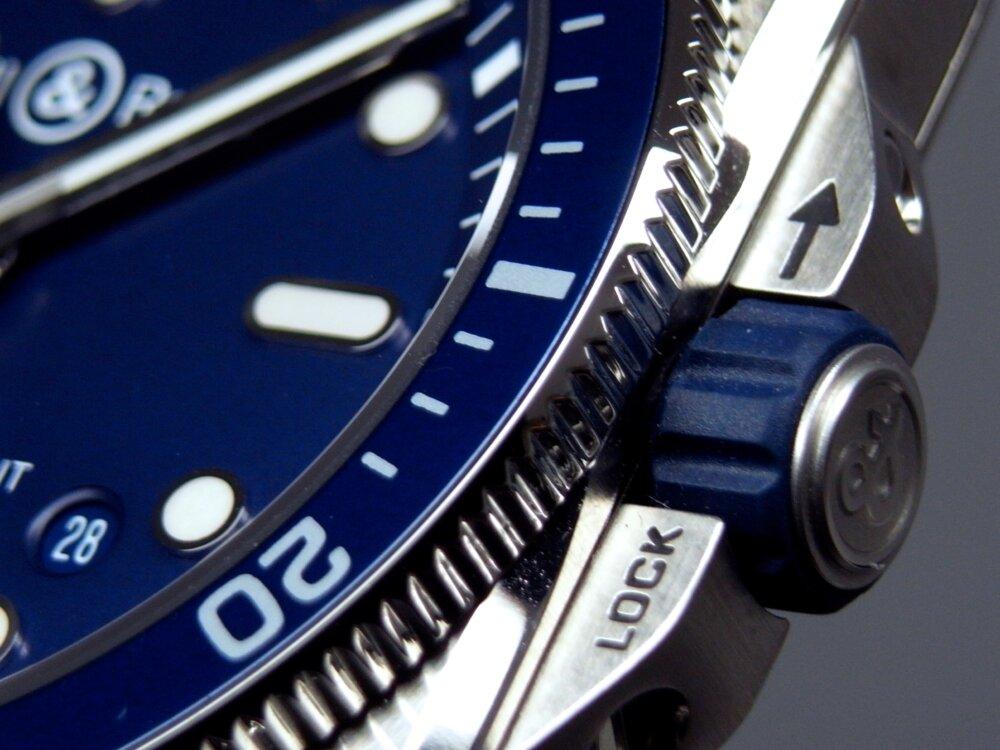 ベル&ロス ブルーが素敵! ダイバーズウォッチ「BR 03-92 ダイバー ブルー」-Bell&Ross -R1171907
