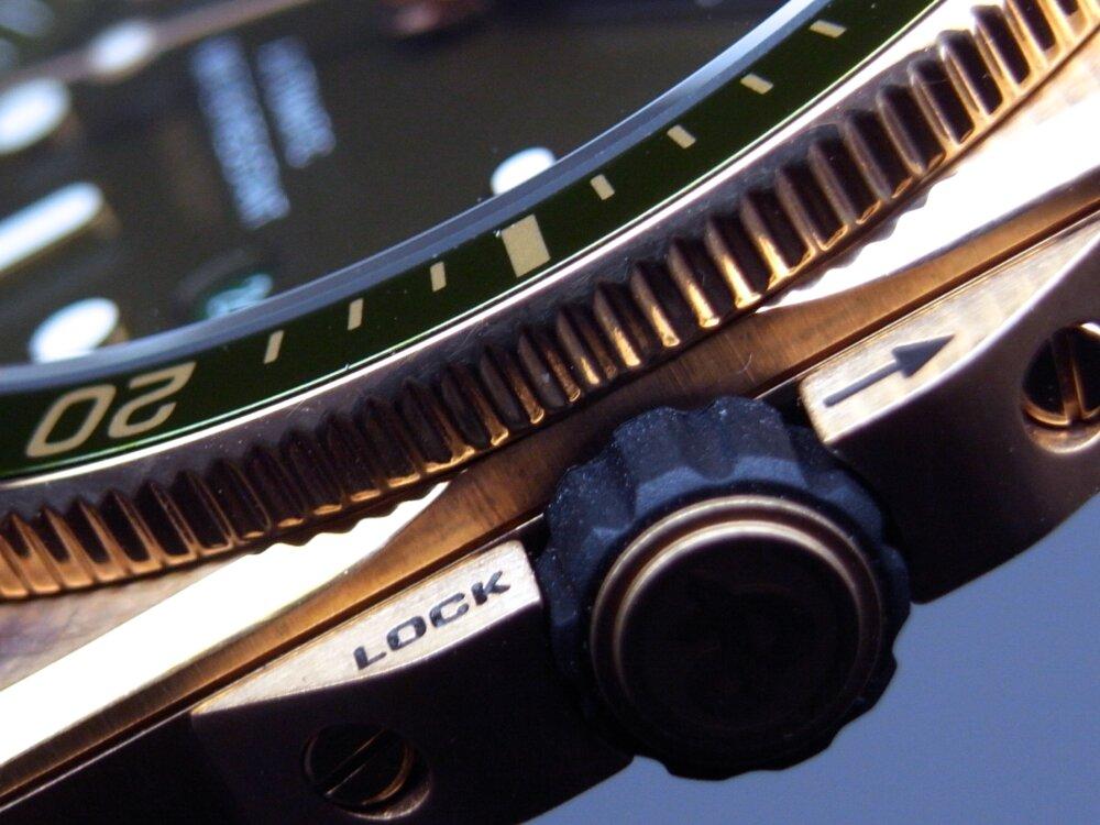 【ベル&ロス】男 のダイバーズウォッチ 特別なブロンズケースがかっこいい!「BR03-92 DIVER GREEN BRONZE」-Bell&Ross その他 -R1171908