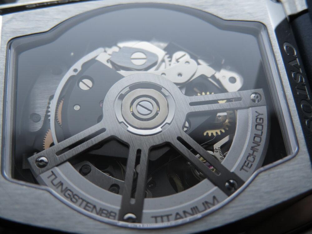 CVSTOS(クストス) スケルトン×ブルーラバーで日常を格上げする時計「チャレンジ クロノⅡ」!!-CVSTOS -IMG_0698