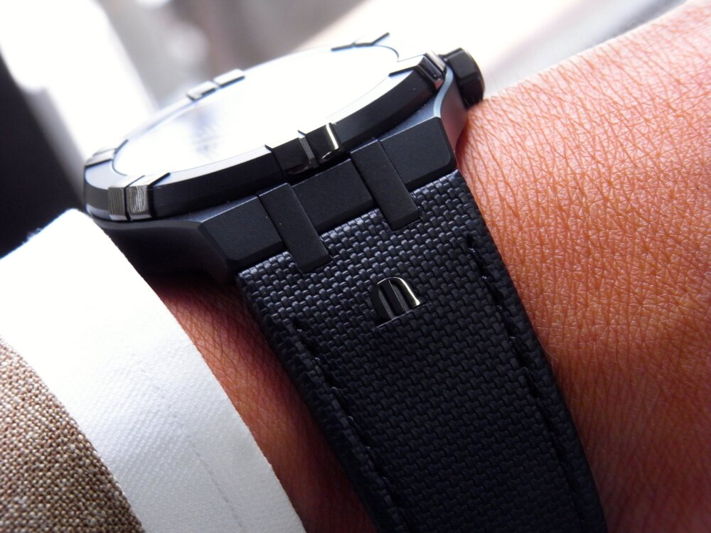 シリーズ初のオールブラックモデルが かっこいい!「アイコン ブラック」-MAURICE LACROIX -R1172637