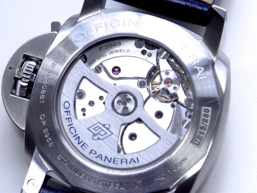 パネライ ブルー文字盤 を採用した10日間の パワーリザーブが実現した ルミノール GMT 10デイズ PAM00986-PANERAI -R1172972
