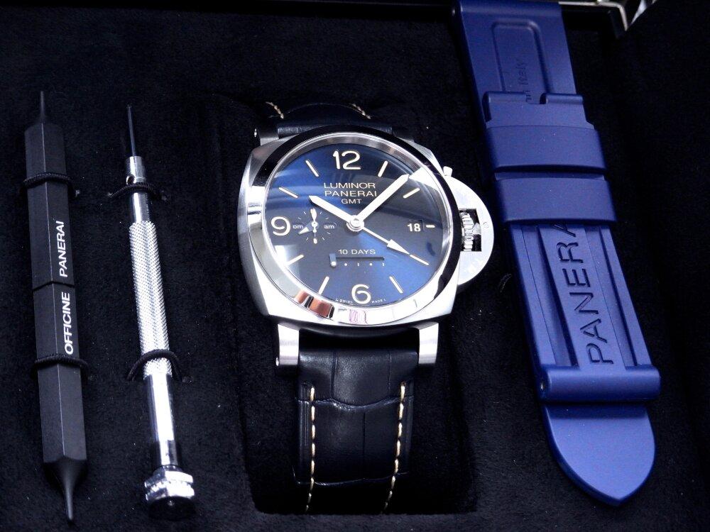パネライ ブルー文字盤 を採用した10日間の パワーリザーブが実現した ルミノール GMT 10デイズ PAM00986-PANERAI -R1172976
