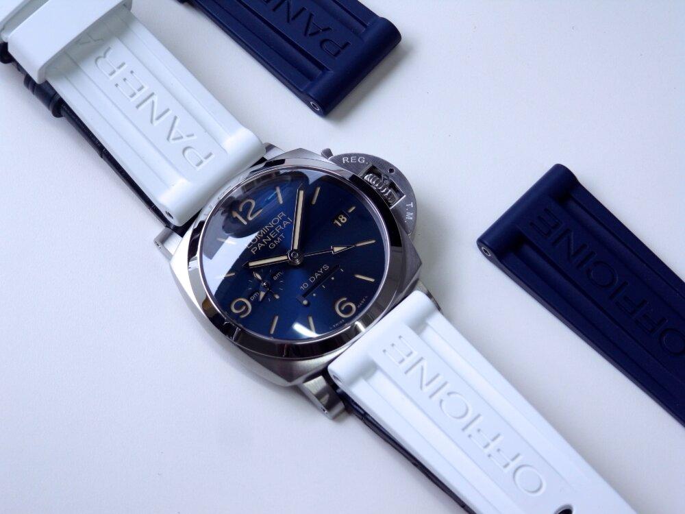パネライ ブルー文字盤 を採用した10日間の パワーリザーブが実現した ルミノール GMT 10デイズ PAM00986-PANERAI -R1172978