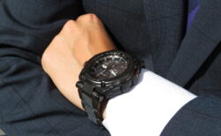 世界限定1000本! G-SHOCK「MT-G」MTG-G1000RB-1AJF