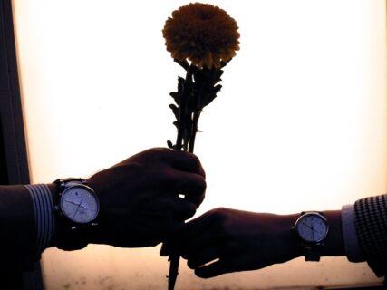 生涯のパートナーと揃えるペアウォッチ 「#人生の節目に腕時計を」