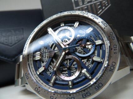 都会的で端正なブルーをあしらった日本限定モデル! タグ・ホイヤー「カレラ キャリバー ホイヤー02 クロノグラフ ブルーエディション」CBG2019.BA0662