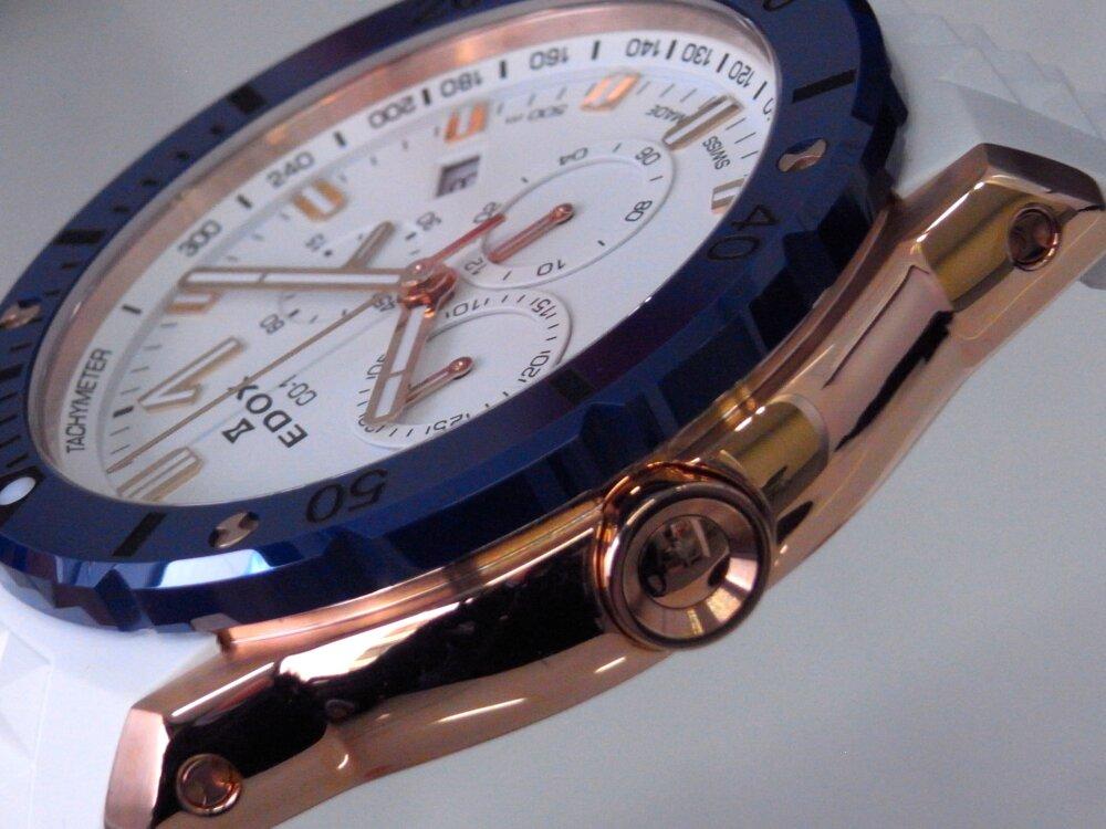 ブルーとホワイトとゴールドが爽やか! エドックス「クロノオフショア1 クロノグラフスペシャルエディション」入荷-EDOX -R1173845