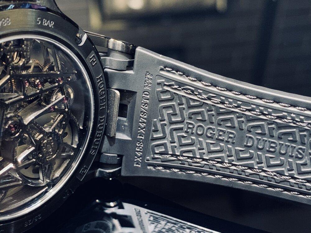 わずか28本と希少な日本限定モデルをその腕に......『エクスカリバー スパイダー オートマティックスケルトン ジャパンリミテッド』~ロジェ・デュブイ~-ROGER DUBUIS -IMG_1794