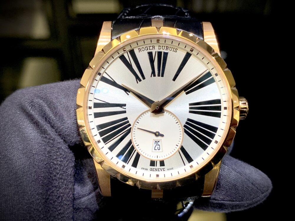 ラグジュアリーな腕時計ならエクスカリバー42で間違いない!!~ロジェ・デュブイ~-ROGER DUBUIS -IMG_2078