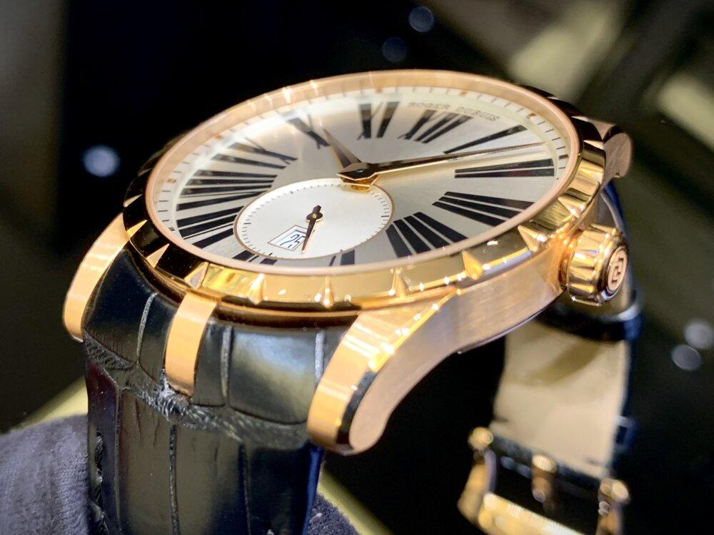 ラグジュアリーな腕時計ならエクスカリバー42で間違いない!!~ロジェ・デュブイ~-ROGER DUBUIS -IMG_2098