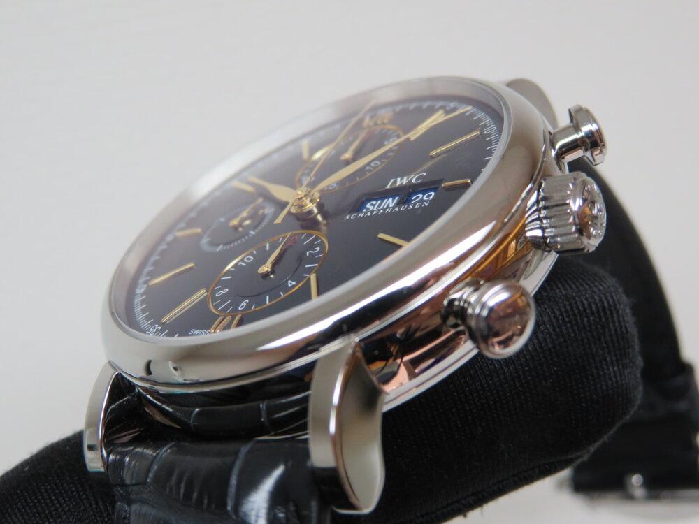 IWC 2019年新作!!上品なゴールドカラーの針・インデックスと新しい青文字盤がキレイな機械式時計!!ポートフィノ・クロノグラフ!!-IWC -IMG_2325