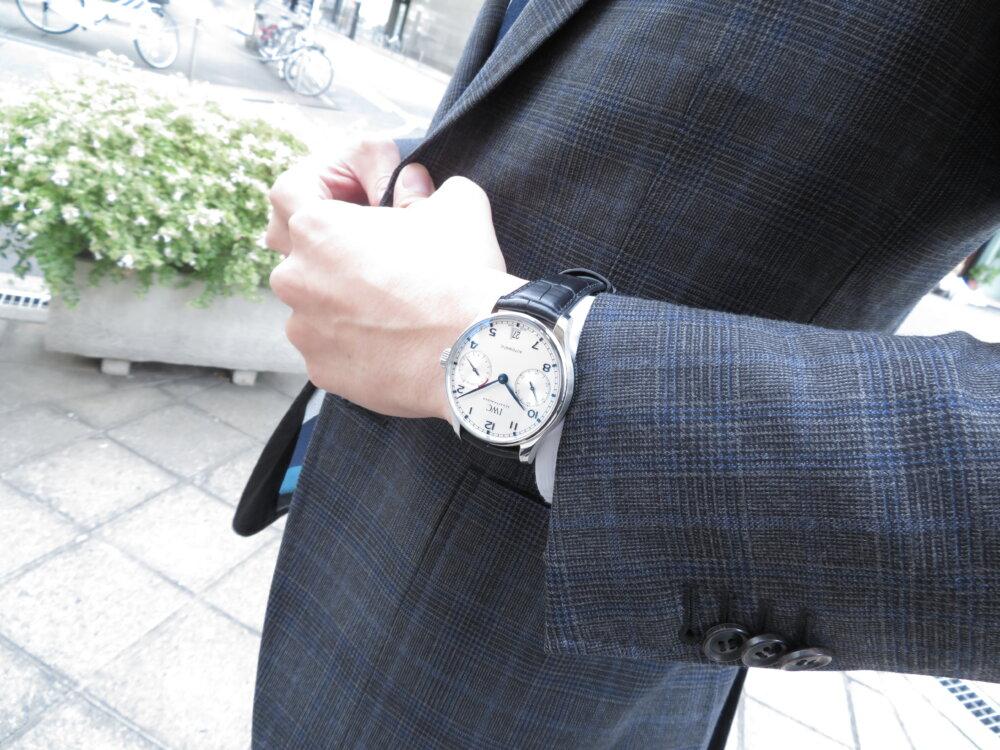 IWC ビジネスやカジュアルにも使えるスマートな機械式時計!!定番のポルトギーゼ・オートマティック!!-IWC -IMG_2421
