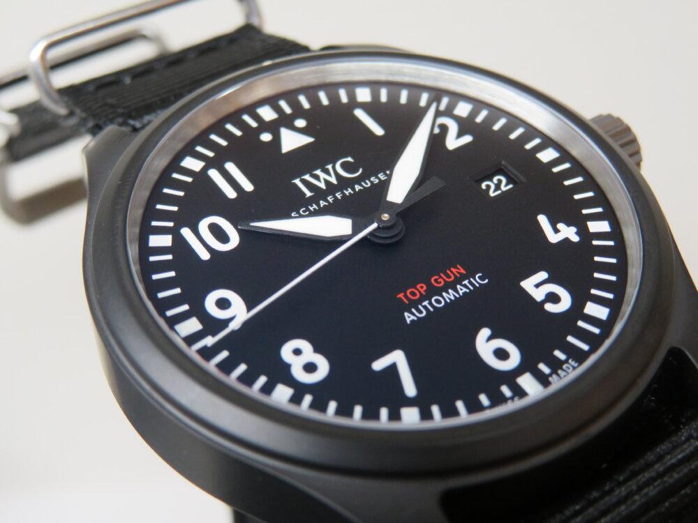 IWC 2019年新作!上質なマットブラックセラミックを使った黒い機械式時計!!パイロット・ウォッチ・オートマティック・トップガン!!-IWC -IMG_2650