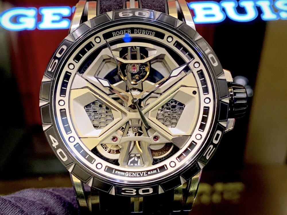大人を満足させられる拘りの腕時計。エクスカリバーウラカン日本限定!!~ロジェ・デュブイ~-ROGER DUBUIS -IMG_2227