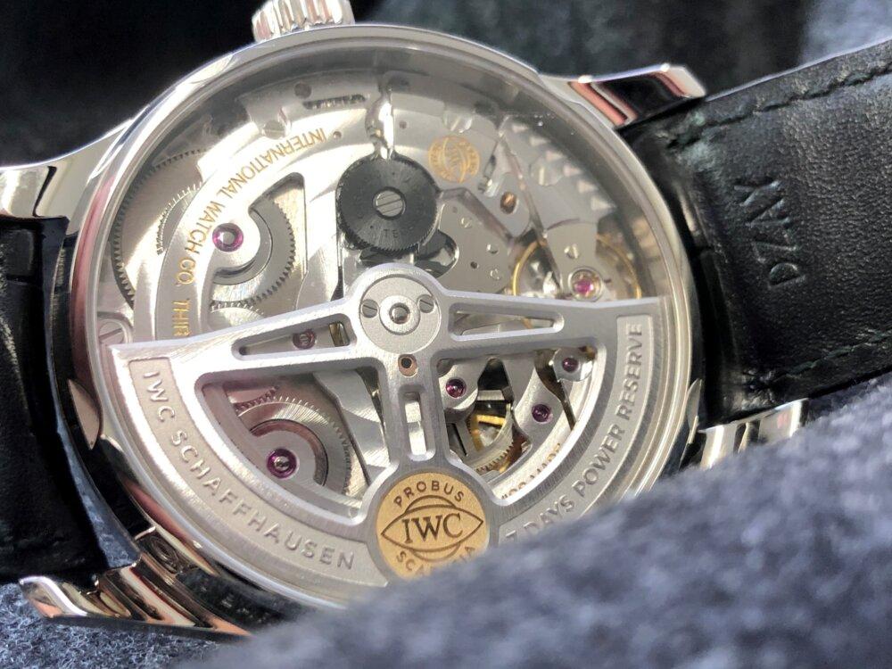 紳士の魅力を引き出す腕時計、IWC「ポルトギーゼ・オートマティック」をご紹介。-IWC -1-3