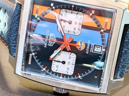 ライトブルーとオレンジのツートンカラーが印象的!TAG Heuer モナコ キャリバー11 ガルフスペシャルエディション