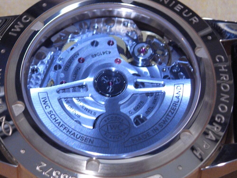 上品で美しいレッドゴールドケースを採用した IWC 「インヂュニア・クロノグラフ」-IWC -R1175627