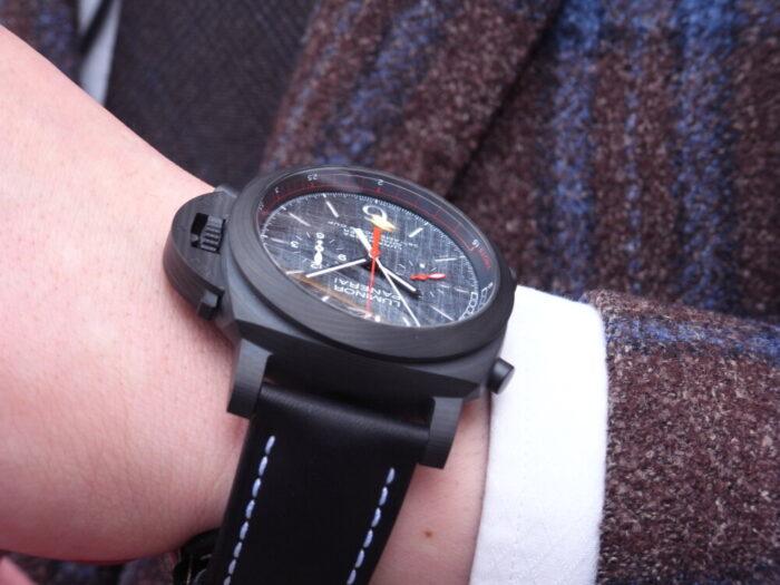黒と赤のカラーリングがかっこいい!本格レガッタ仕様の、パネライ「ルミノール ルナ・ロッサ レガッタ」PAM01038-PANERAI -R1175724-700x525