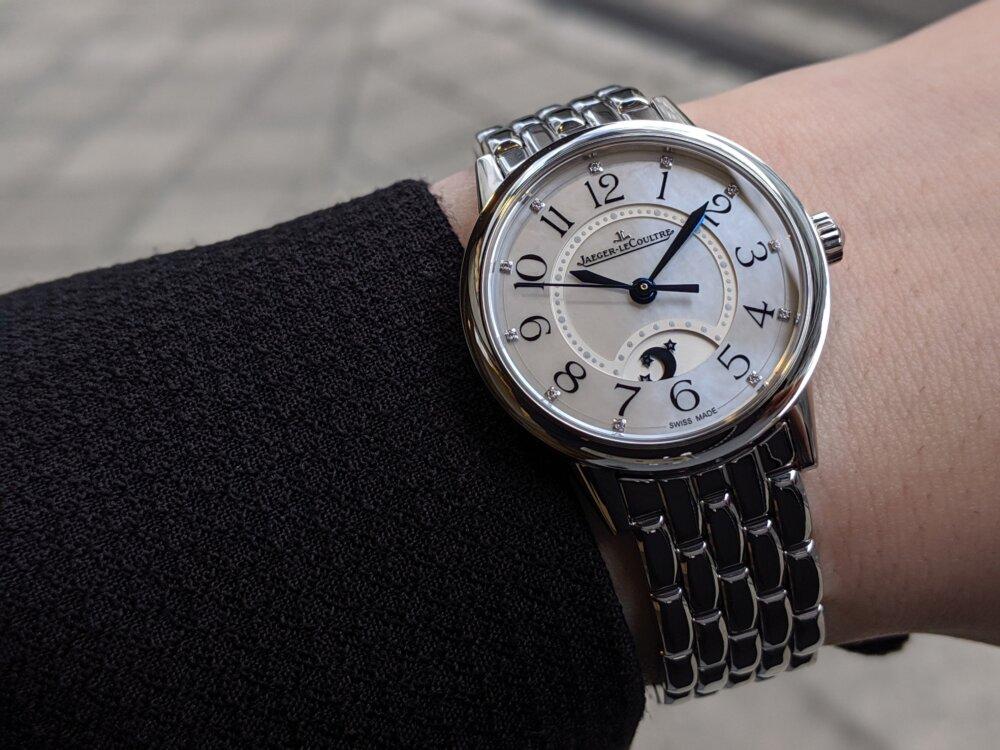 女性に着けてもらいたい、機械式時計 ジャガールクルト 「ランデヴー ナイト&デイ」-Jaeger-LeCoultre -00100lPORTRAIT_00100_BURST20200202134529981_COVER