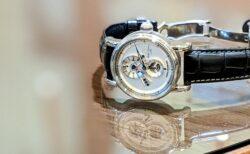 こだわりのレギュレーターの腕時計で、差をつけたい!