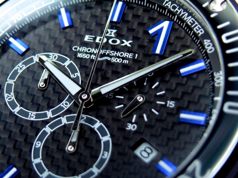 エドックス 仕事も遊びも充実し、ライフスタイルを確立した男性にオススメ!「クロノオフショア1クロノグラフ」-EDOX -R1176027
