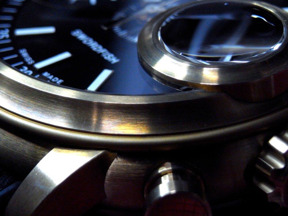 ファン待望の魚眼レンズを備えた伝説のクロノグラフ「ソードフィッシュ」が復活 グラハム-GRAHAM -R1176275